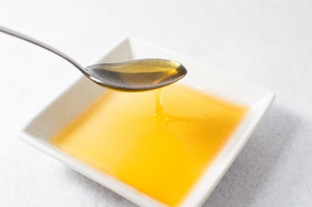 サラダ油 イメージ