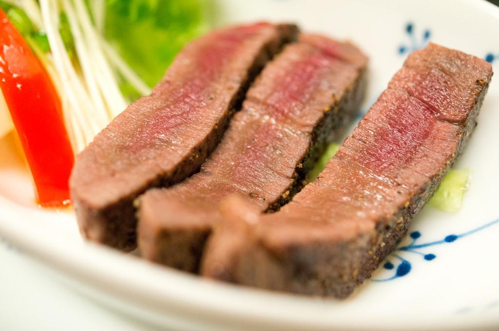 南山荘 紫乃、夕食、奥羽牛テンダーロインステーキ