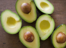 食べる美容液と呼ばれる アボカドの美肌効果。
